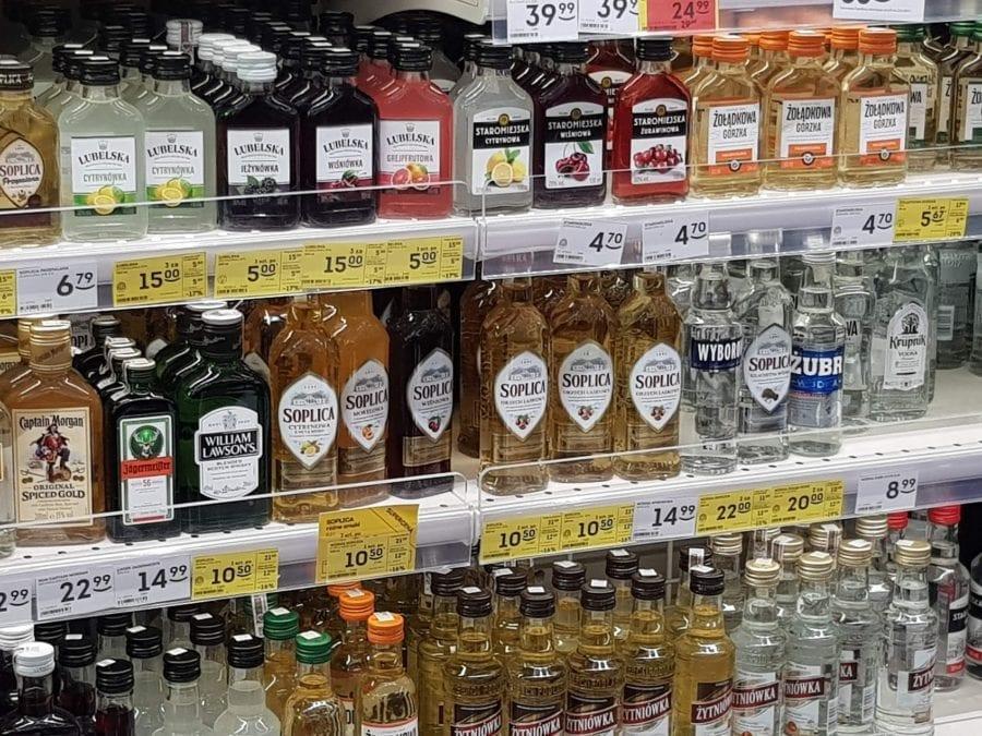 Zdjęcie Raport z badań rynku: Dokąd płynie mała wódka?